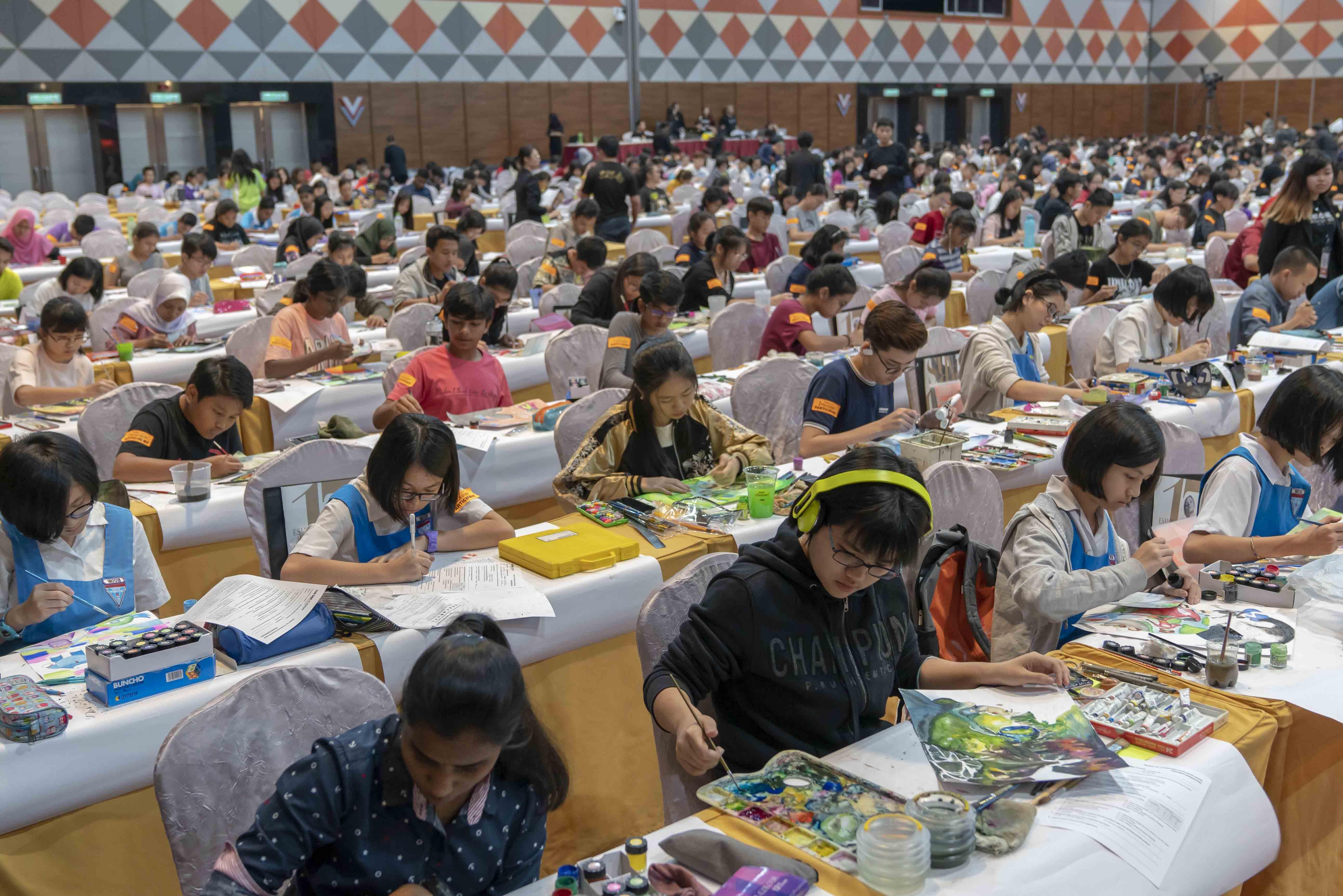 Contestants hard at work preparing their art pieces
