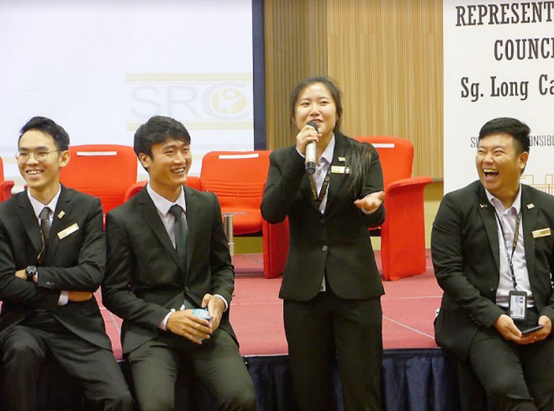coursesmalaysia-UTAR-news-freshmen-02-SRC-members-Sg-Long-Campus-2019